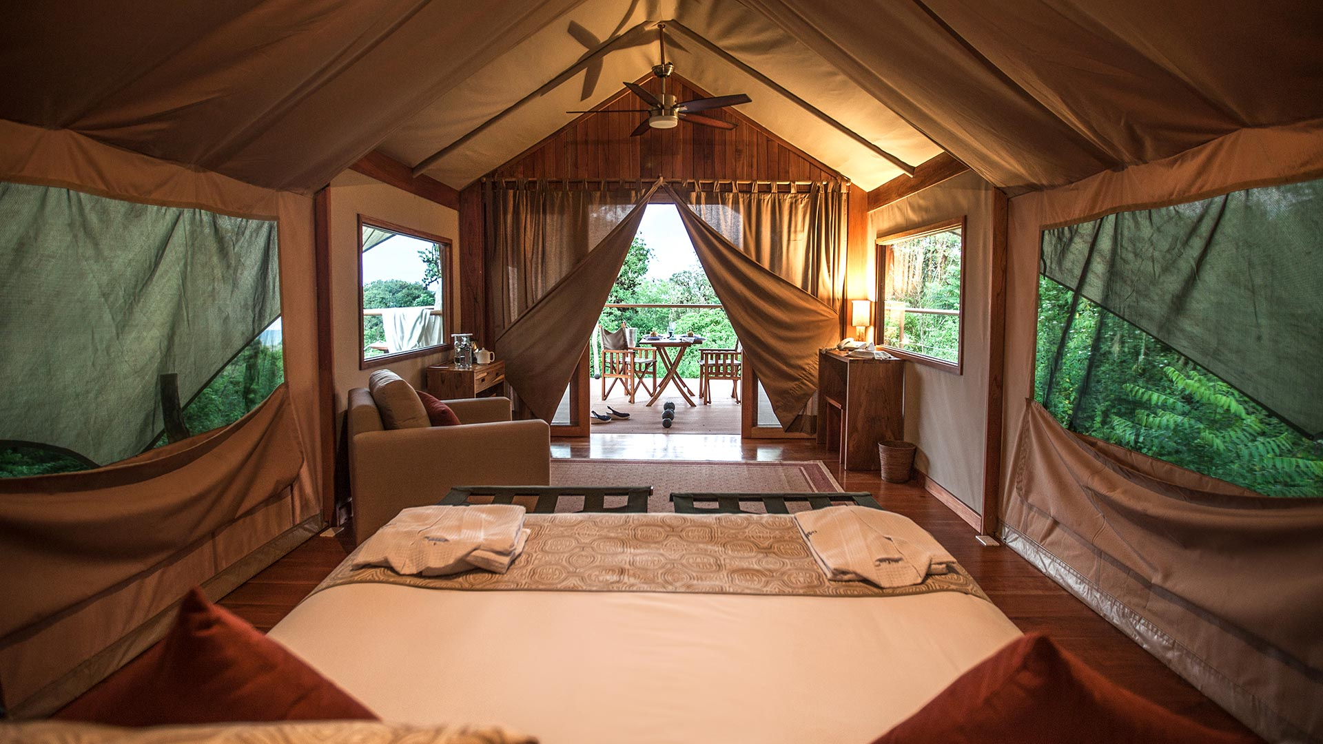 Luxury Safari Tents, Galapagos