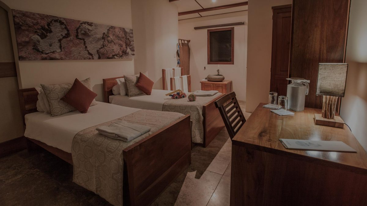 Galapagos hotel resort: family suite accommodation